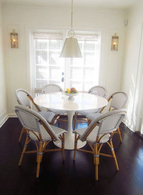 Eat In Kitchen Tables by Eat In Kitchen Dining Room Breakfast Nook Saarinen Tulip