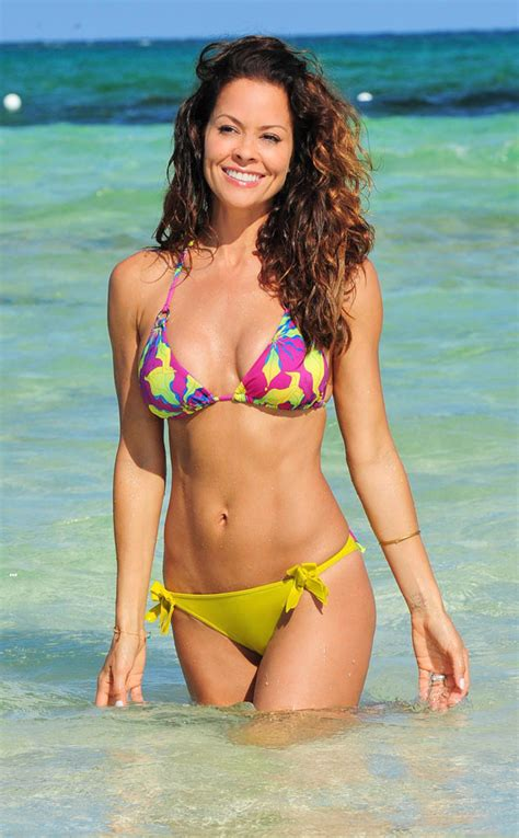 48 things you don t know about brooke burke   zntent   celebrity photo video amp award