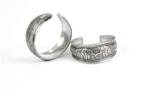 thai silver jewelry recommended bangkok souvenir travelvui