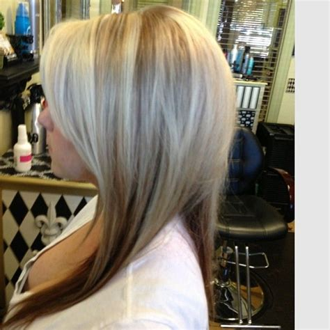 pics color dark underneath lowlights theew top blondehair highlights lowlights hair ideas pinterest