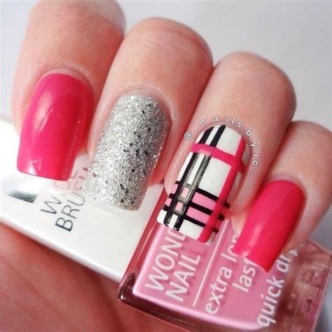 burberry pattern nails burberry nail art nail art pinterest nail art the o
