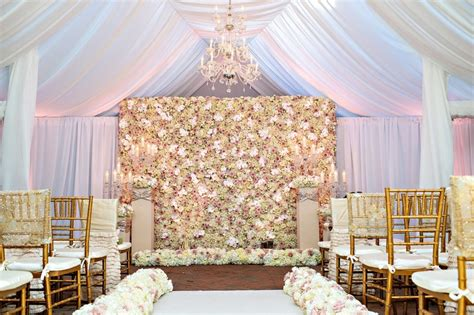 Honeymoon Bedroom Ideas ceremony d 233 cor photos tracy morgan wedding ceremony