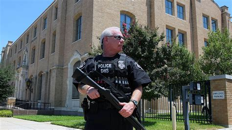 homeland security steps up patrols of federal buildings