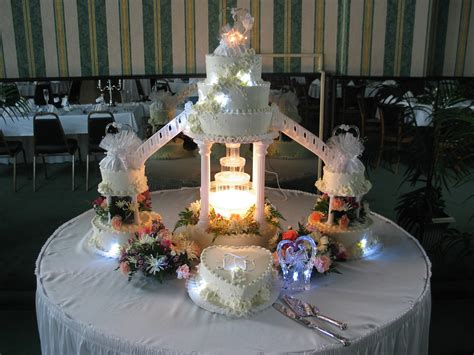 Wedding Cakes With Fountains by Wedding Cakes With And Stairs