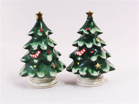 lefton christmas tree salt and pepper shakers 1950 s made