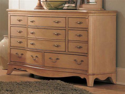 lea jessica mcclintock vintage panel bedroom collection lea jessica mcclintock vintage 8 drawer dresser furniture