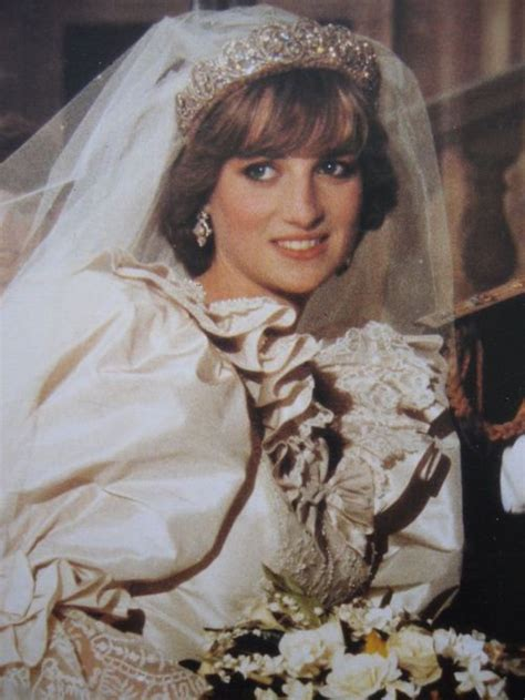 queen diana biography in hindi blog de ladydiana spencer lady diana spencer skyrock com