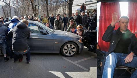 Keset Kombinasi Untuk Di Mobil Keset Kombinasi gelar demo anti korupsi pemimpin oposisi rusia ditahan