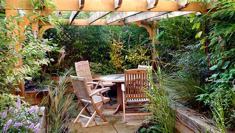 Small Courtyard Garden Ideas Small Courtyard Garden Designs Reanimators