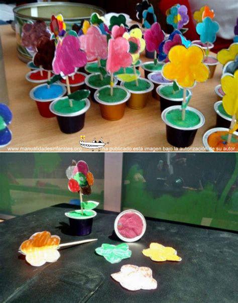 flores vasos de plastico de cafe papel macetas manualidades dia de la macetas con capsulas de caf 233 manualidades infantiles