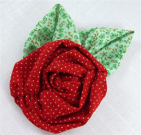 Handmade Fabric Flowers Patterns - fabric flowers tutorial no 14 ruched roses with headband