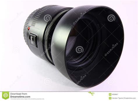 Macbook Di China obiettivo e cappuccio di macchina fotografica di slr immagine stock immagine 9028867