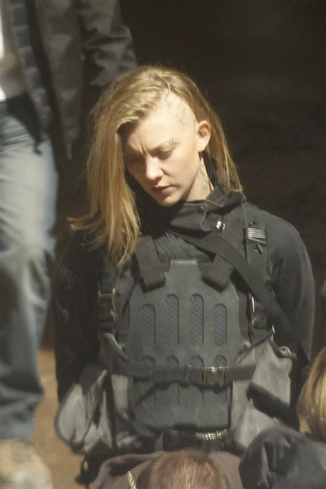 Natalie Dormer Mockingjay hunger mockingjay part 1 2 official set images filmbook