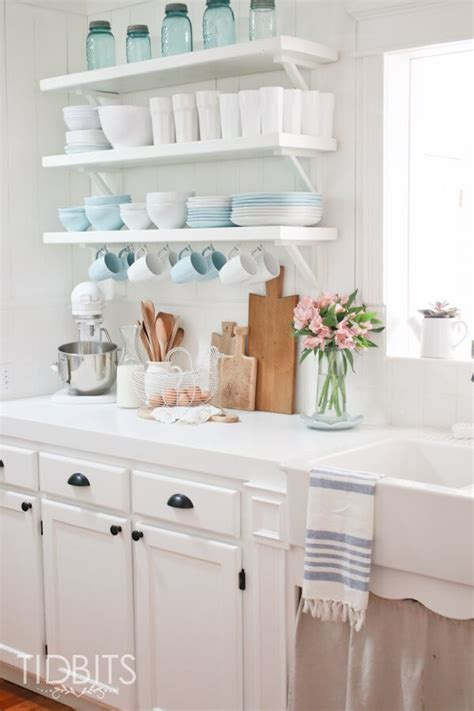 23 charming cottage kitchen design and decorating ideas 23 charming cottage kitchen design and decorating ideas