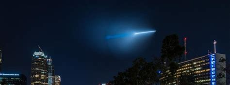Los Angeles Light In The Sky by Mysterious Light In The Sky Los Angeles Confirmed As A Navy Missile Test