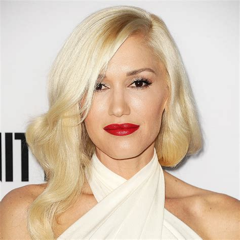 what are the colors of lipstick that gwen stefani wears on the voice gwen stefani red lipstick 2013 popsugar beauty