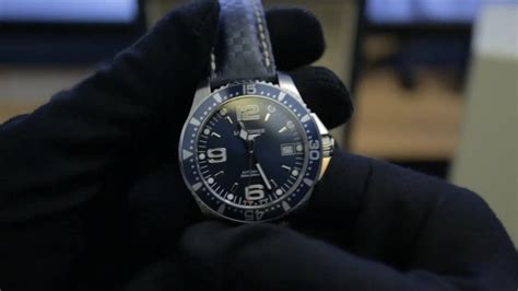 Longines HydroConquest Automatic 39mm on Hirsch Carbon