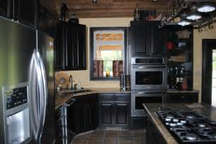 black kitchen cabinets classic and look