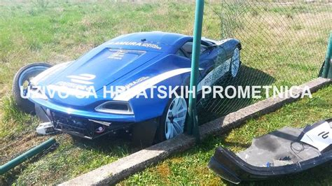 laferrari crash rimac concept one crashes after race with laferrari gtspirit