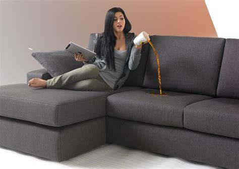 pulizia divani in tessuto impresa di pulizie consigli pulizie tessuti divano