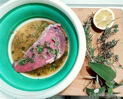 come cucinare il filetto di manzo in padella filetto di manzo alle erbe con cuori di patata e zucca e