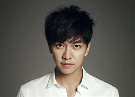 lee seung gi lee seung gi s agency to sue person behind rumor about