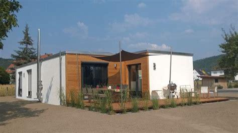 kleines haus 50 qm wohnen 252 ber 50 qm smarthouse gmbh modulhaus minihaus