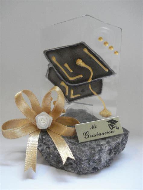 recuerdos de graduacin recuerdos de graduacion centro de mesa para graduacion de