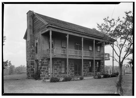 Henderson House by Henderson