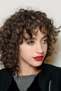 forward cut curly shag hairstyles how to get the perfect shag haircut aka this season s