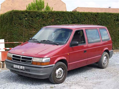 Chrysler Se by Chrysler Voyager Se Td Specs Photos And More On