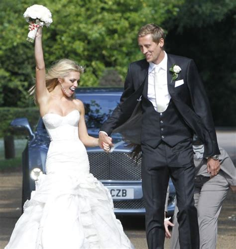 clancy makes wedding dress to leave