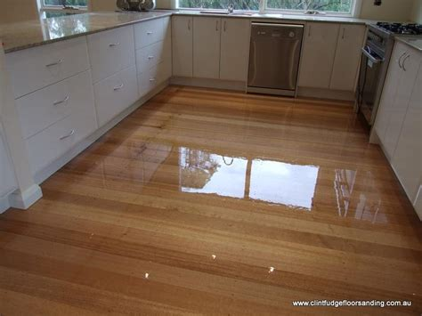 how to timber floors