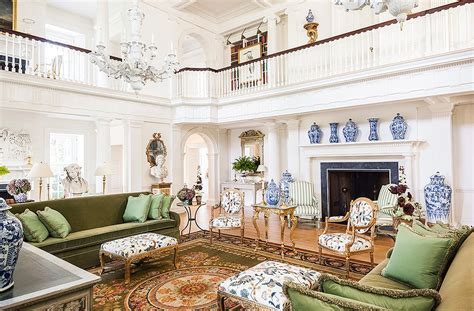 inside the next level elegance of carolyne roehm s estate