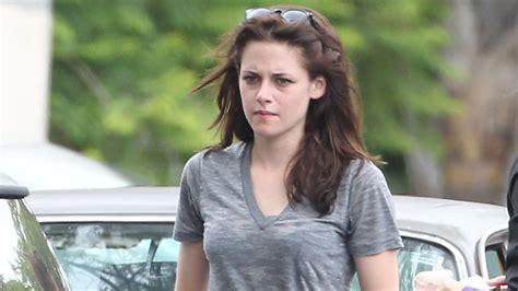 Stewart Adds Thoughts To Size Zero Debate by Kristen Stewart Seeking Grief Counselling