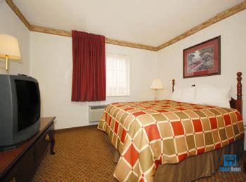 themed hotel rooms omaha ne best western settle inn omaha nebraska best western