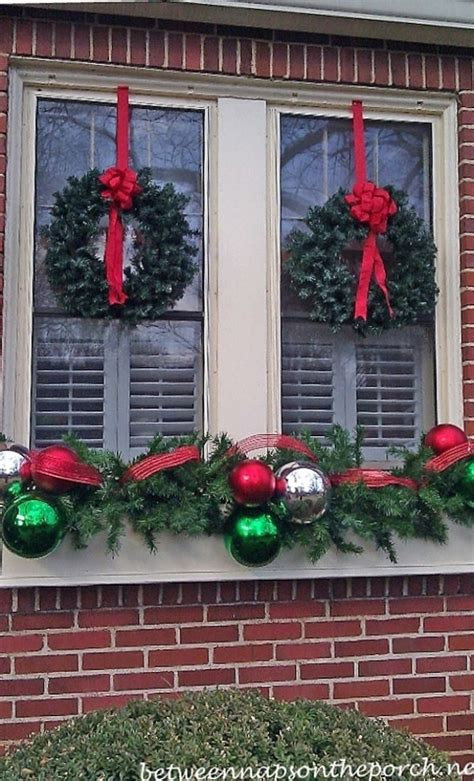 Christmas Outdoor Window Decoration Ideas 1000 Images About Christmas Windows Insideoutside On