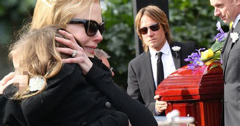 Lepaparazzi News Update Kidman The Highest Paid by Kidman Paid Tribute To Late As