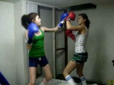 female backyard boxing backyard girl boxing http femalefightingdvds com