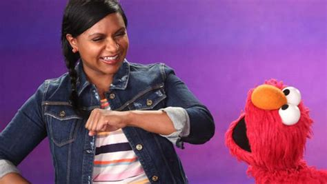 mindy kaling elmo mindy kaling and elmo dance it out on quot sesame street
