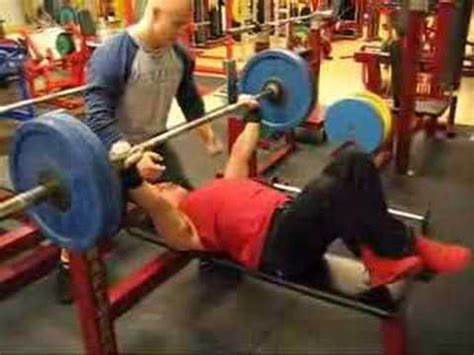220 bench press 220 lbs x 24 bench press sotilaspenkkipunnerrus