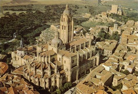 imagenes catedrales goticas españa catedral de segovia