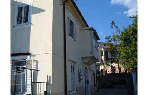 appartamenti in vendita da privati a trieste privato vende appartamento canelle appartamento con