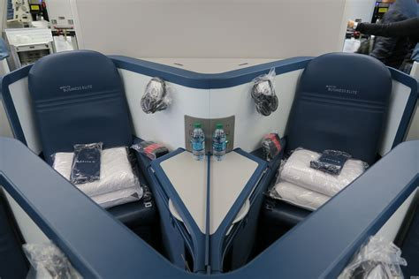 what is a preferred seat on delta delta airlines airbus a330 300 seat map seatlink