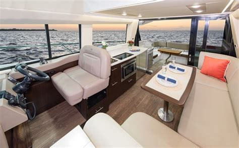 regal  fly cruisers boat review boatdealersca