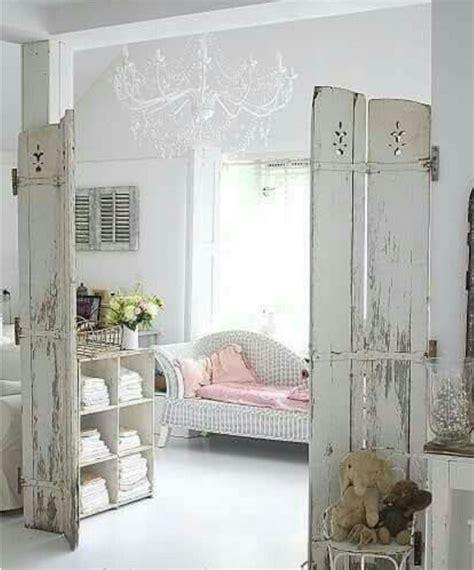 restaurare porte in legno come restaurare le porte di legno e renderle shabby