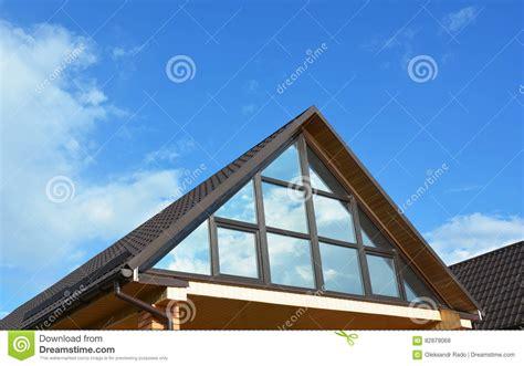 tetto terrazzo terrazzo di della soffitta della casa della