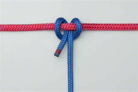 Hitch Knot - cow hitch how to tie the cow hitch using the end