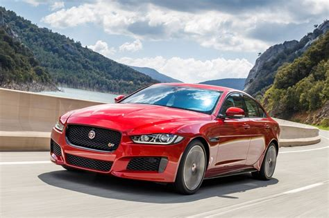 2017 jaguar xe review ratings edmunds