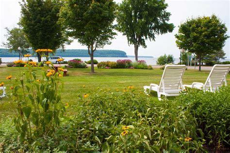 Door County Resorts ephraim shores resort